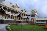 Cedarwood Hotel in Shogran
